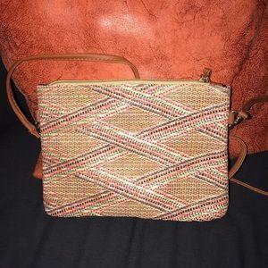Handbags - Spring/summer crossbody purse!